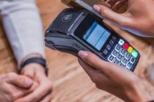 PEAC Maquininhas: como funciona o crédito para pequenos empreendedores